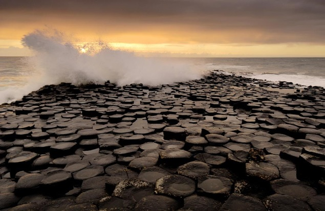 http://science.nationalgeographic.com/wallpaper/science/photos/rocks/giants-causeway/#