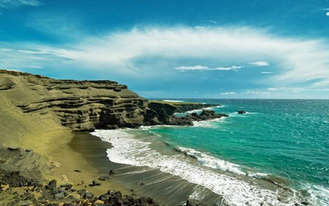 http://www.gogobot.com/papakolea-green-sand-beach-hilo-attraction