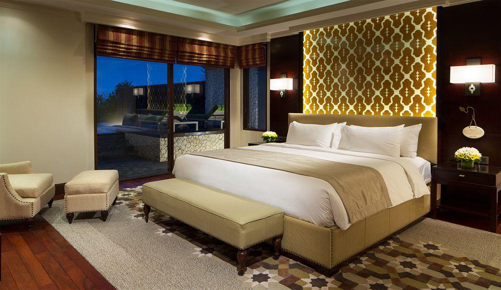 http://exp.cdn-hotels.com/hotels/6000000/5620000/5613500/5613433/5613433_201_z.jpg