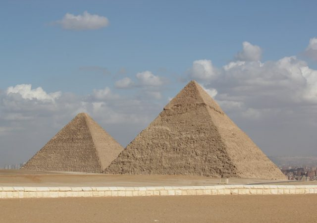 【世界遺産】アフリカを訪れたら絶対に見たいピラミッド4選!